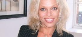 Hanne Nabintu Herland ser ut som Pamela Anderson