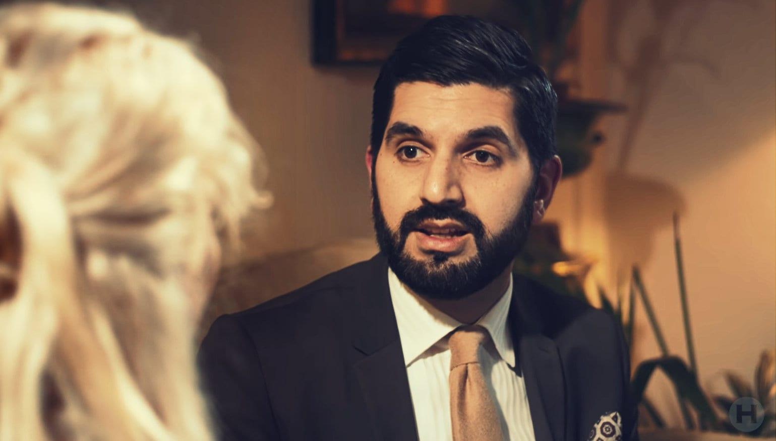 Mohammed Usman Rana og Hanne Nabintu Herland i Herland Report TV studio