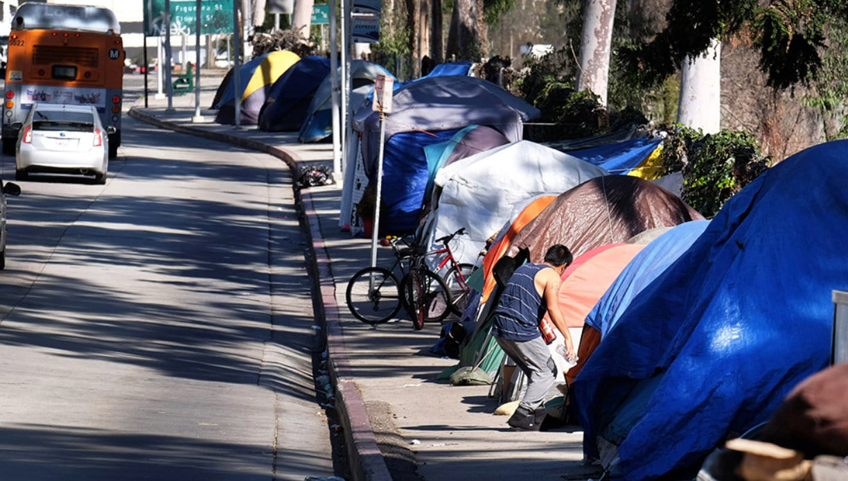 California wages war against its own middle-class, has highest national US poverty rate, Fox News