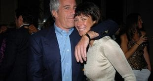 Ghislaine_Maxwell_pictured_with_Jeffrey_Epstein