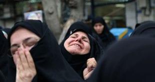 Daily-mail-Iranian-women-lament-soleimani-death-trump-iran